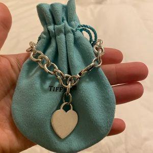 Tiffany & Co. toggle heart bracelet